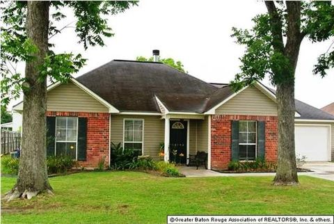 Photo of 38198 Hidden Point Dr, Geismar, LA 70734