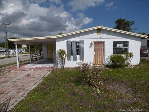 Photo of 1296 W 36th St, Riviera Beach, FL 33404
