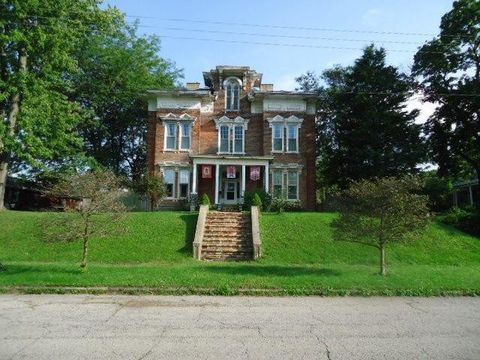 Photo of 325 Cherry St, Washington Court House, OH 43160