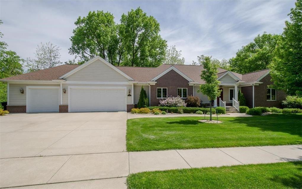 6520 Cottage Hill Ln NE Cedar Rapids, IA 52411