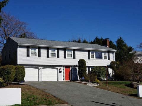 Photo of 152 Harbor View Rd, Milton, MA 02186