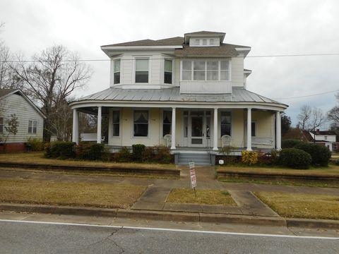 Photo of 300 S Walnut Ave, Demopolis, AL 36732