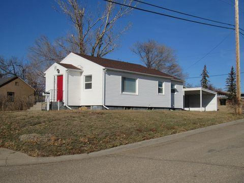 Photo of 202 Highland Ave, Plentywood, MT 59254