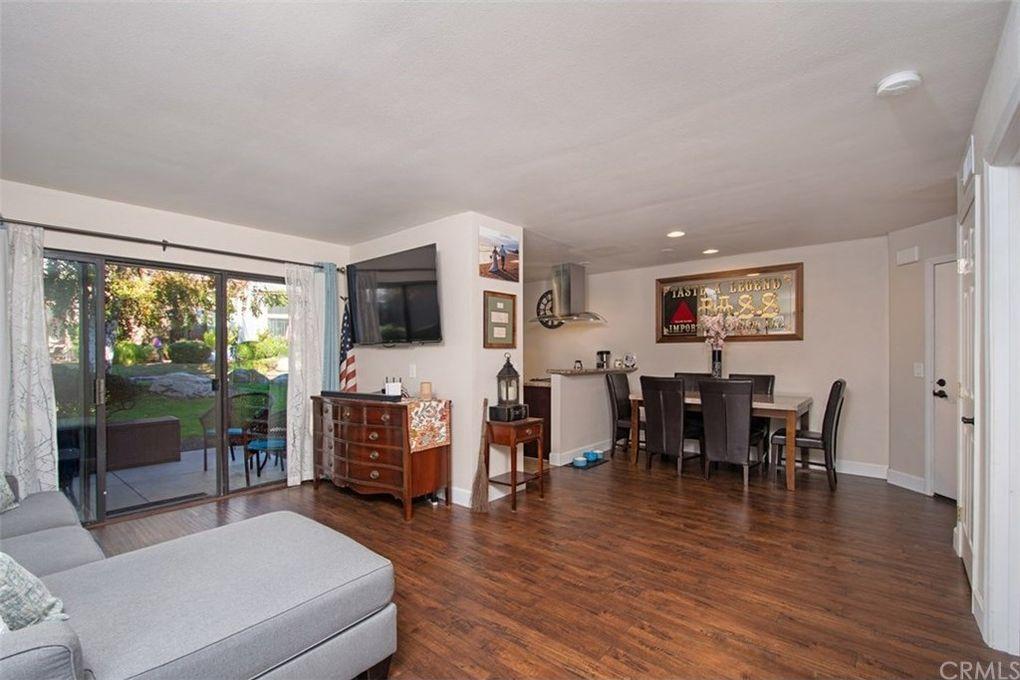 26701 Quail Crk Apt 233, Laguna Hills, CA 92656