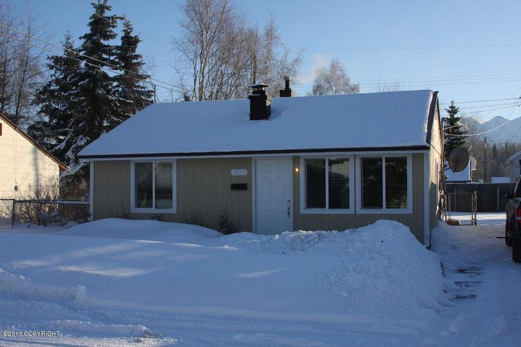 1511 Richardson Dr, Anchorage, AK 99504