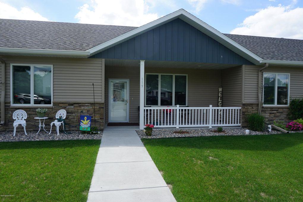 119 3rd St SE Barnesville, MN 56514