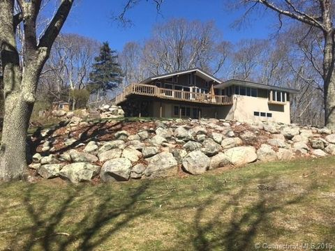 217 Osbrook Pt, Stonington, CT 06379
