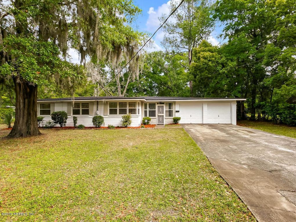 3435 Hickorynut St, Jacksonville, FL 32208