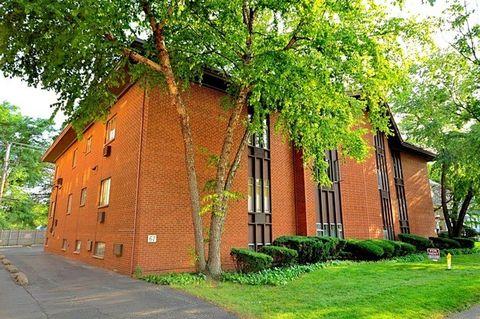 67 Forest Ave Unit 2 C, Riverside, IL 60546