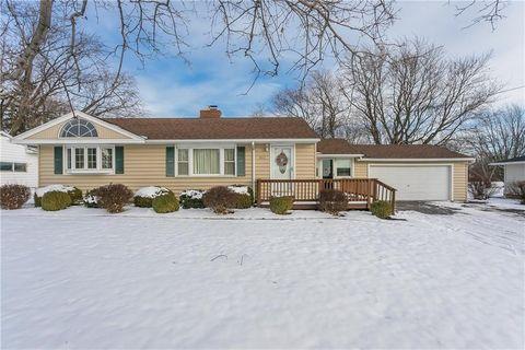 962 Elmgrove Rd, Rochester, NY 14624