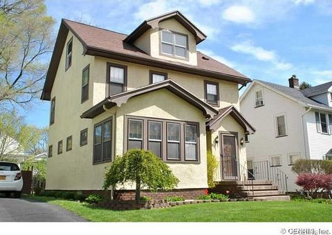 108 Colebourne Rd, Rochester, NY 14609