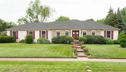 6801 Crossmoor Ln, Louisville, KY 40222