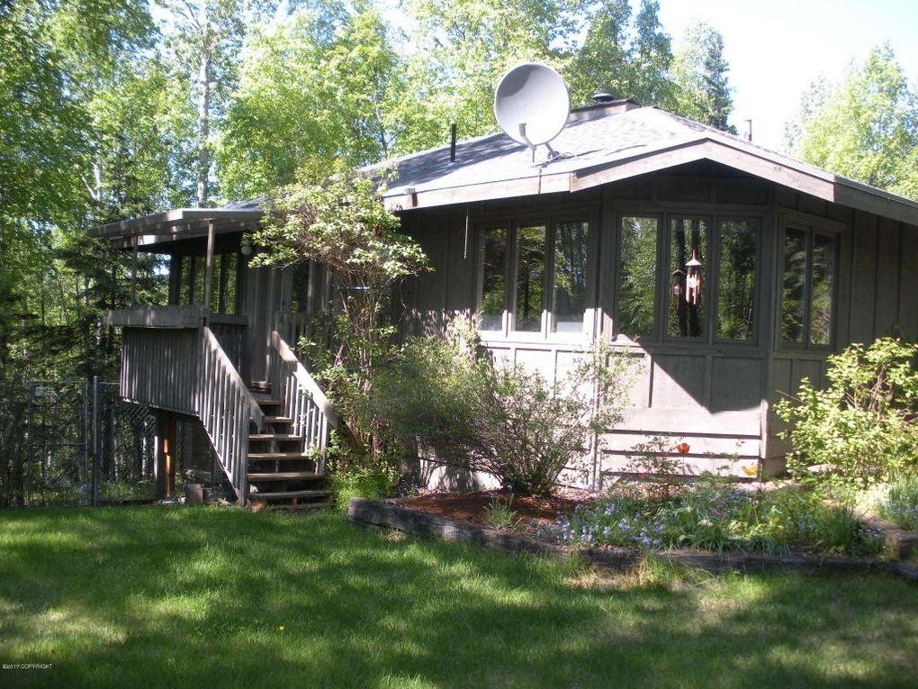 2733 Collie Hill Way, Anchorage, AK 99504