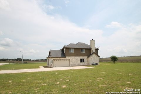 184 Turnberry, La Vernia, TX 78121