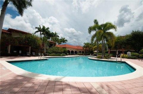 8851 Colonnades Ct W Apt 123, Bonita Springs, FL 34135