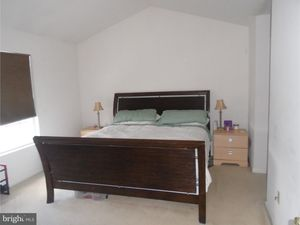 659 Leeward St, Coatesville, PA 19320 - Bedroom