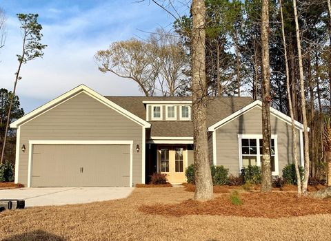 Photo of 257 Camber Rd, Huger, SC 29450