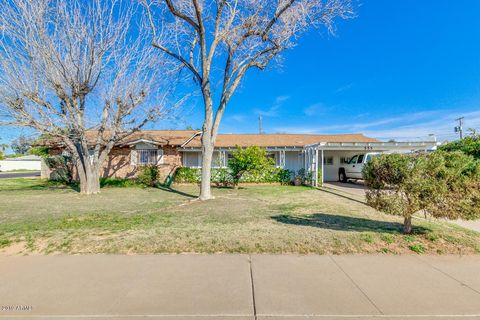 Photo of 555 N Miller St, Mesa, AZ 85203