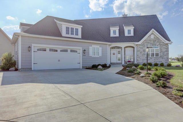 2955 E Stone Creek Blvd, Urbana, IL 61802