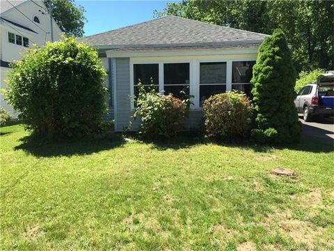 24 Sea Crest Ave, East Lyme, CT 06357