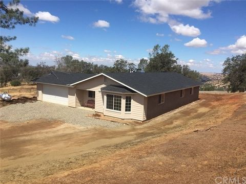 4912 Tanager Ln, Catheys Valley, CA 95306
