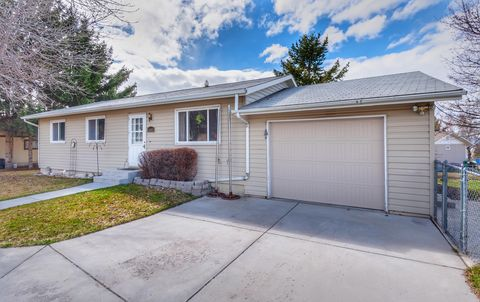 Photo of 5603 Hillview Way, Missoula, MT 59803