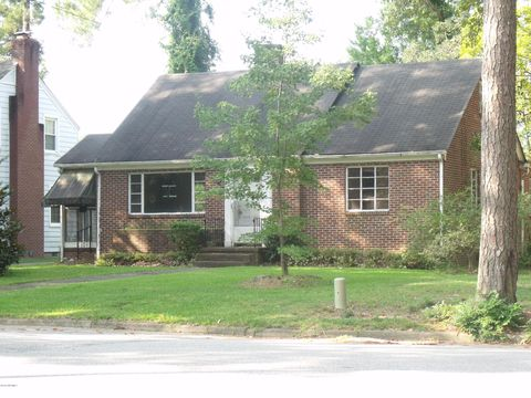 1107 Eastern Ave, Rocky Mount, NC 27801