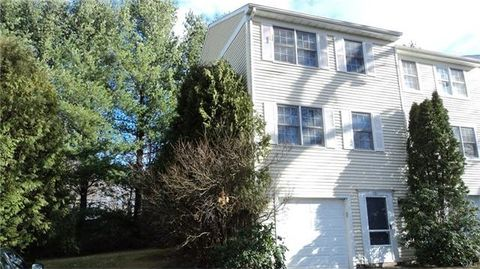 131 Clearview Ct, Derby, CT 06418