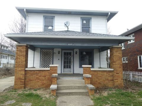 Photo of 1417 18th St, Bedford, IN 47421