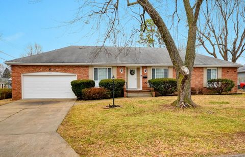 2504 S Linden Ave, Springfield, MO 65804