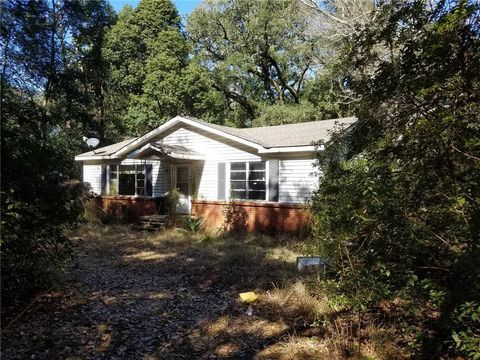 Photo of 12620 Pine St, Grand Bay, AL 36541