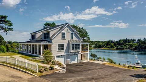 Photo of 125 Abner Point Rd, Harpswell, ME 04003