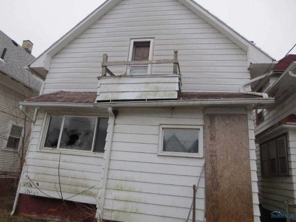 1030 Indiana Ave, Toledo, OH 43607