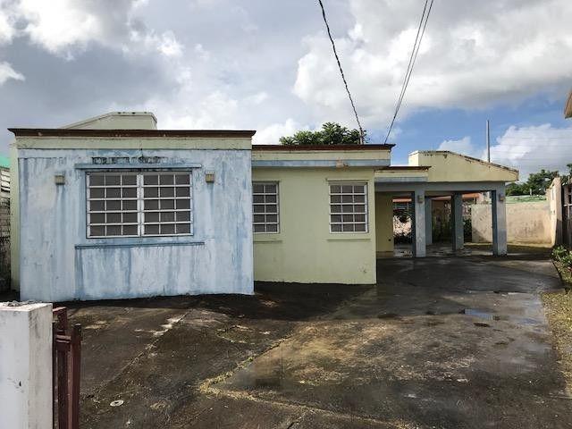 B5 Calle 5, Juncos, PR 00777