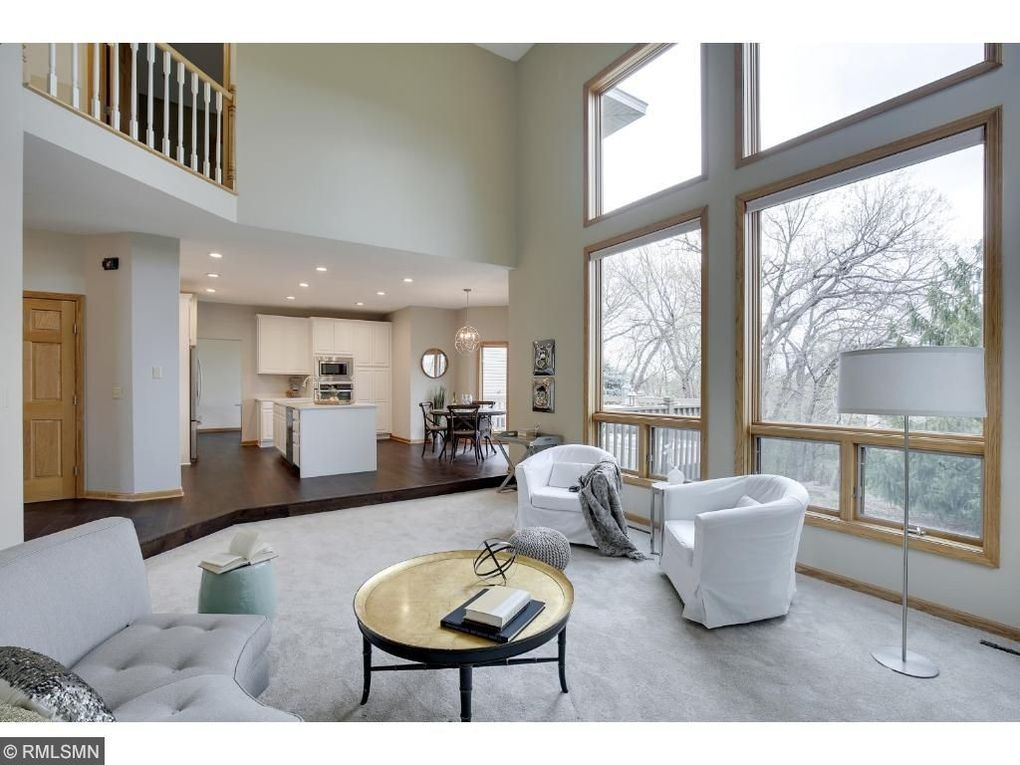3579 Woodland Ct, Eagan, MN 55123