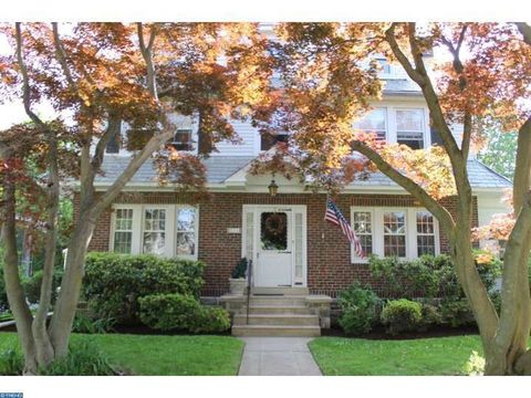 711 Lindale Ave, Drexel Hill, PA 19026