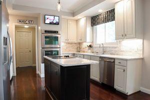 6394 Waverly Hill Ln, Miami Township, OH 45140 - Kitchen