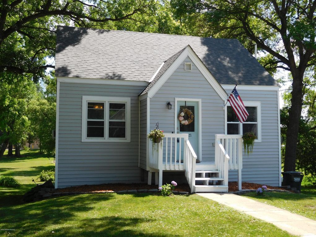 227 Division St W Elbow Lake, MN 56531