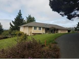 Photo of 6688 Rohnerville Rd, Hydesville, CA 95547