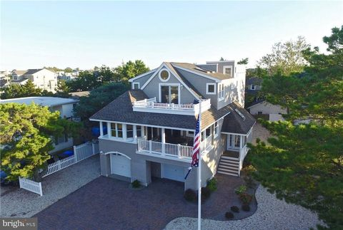 Prime Waterfront Homes For Sale In Surf City Nj Realtor Com Download Free Architecture Designs Scobabritishbridgeorg