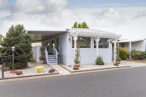 73 La Mesa Way Yuba City CA 95993