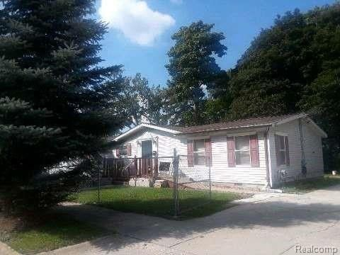 2224 Crocker Ave, Flint, MI 48503