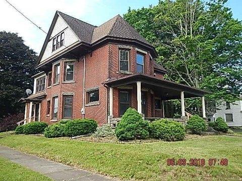 392 E Erie St, Linesville, PA 16424