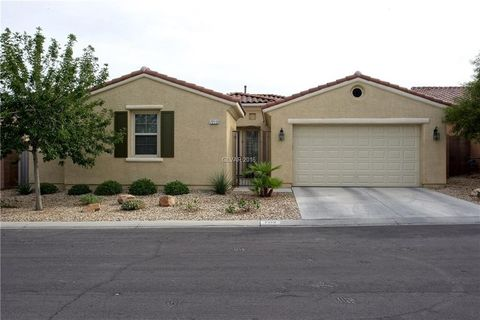 las vegas nv houses for sale with swimming pool