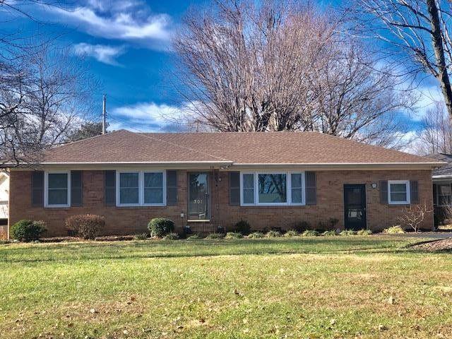 301 Wayside Dr, Hopkinsville, KY 42240