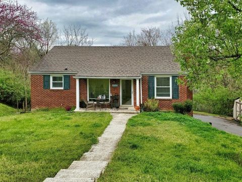 Photo of 2504 Solon Dr, Nashville, TN 37206