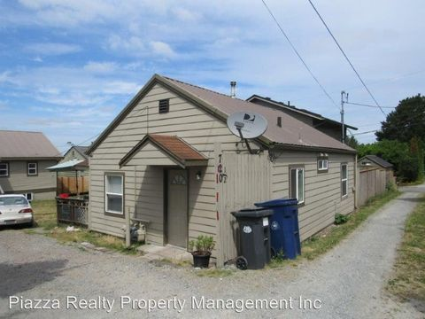 Photo of 720 1/2 N 6th St, Mount Vernon, WA 98273