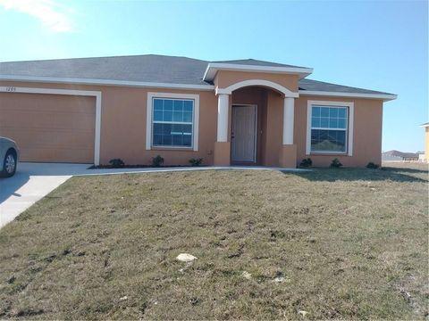 1035 Hidden Dr, Lakeland, FL 33809