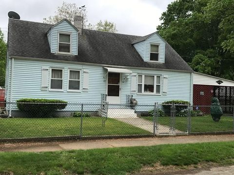 Photo of 45 Stanhope Rd, Springfield, MA 01109
