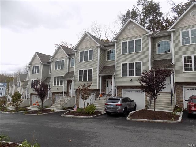 16 Oak Branch Dr Brookfield Ct 06804 Home For Sale